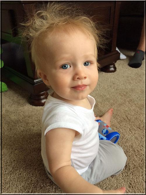 Carter 10 months small